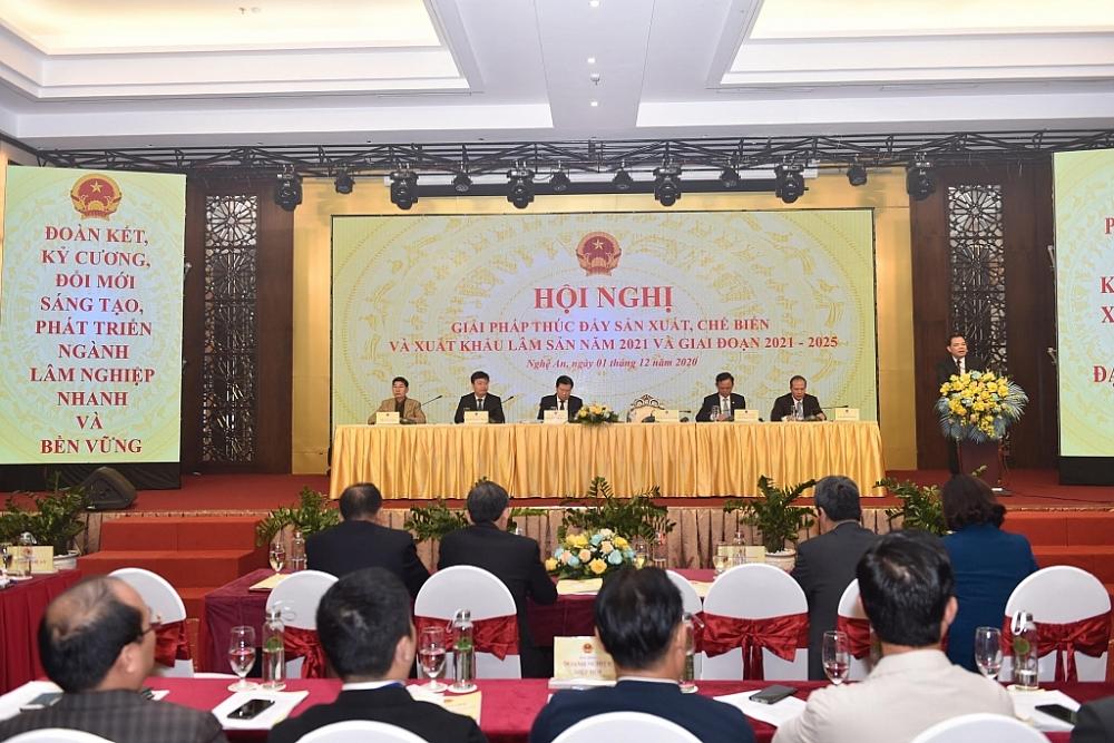 """""""Nhắm"""" đích 20 tỷ USD, gỗ Việt vẫn thấp thỏm lo gian lận thương mại"""