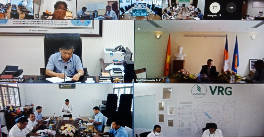 Các công ty cao su tại Campuchia hoàn thành vượt mức các chỉ tiêu so với cùng kỳ
