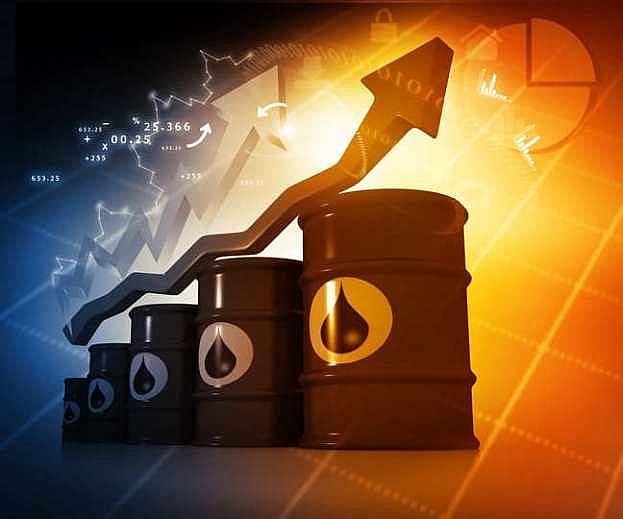 Giá xăng dầu hôm nay 18/2: Tăng mạnh