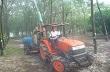 Lão nông chế tạo máy chăm sóc cao su