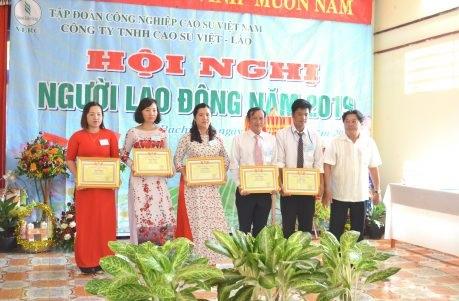 Cao su Việt – Lào là biểu tượng của sự hợp tác hữu nghị